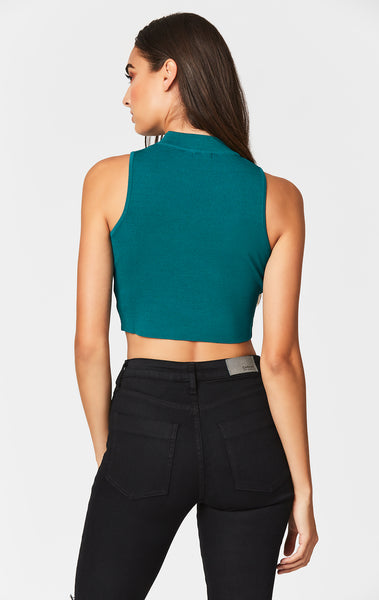 MOCK NECK SLEEVELESS SWEATER