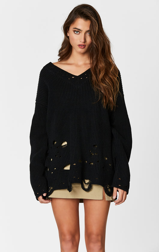 V NECK OVERSIZED DISTRESSED SWEATER