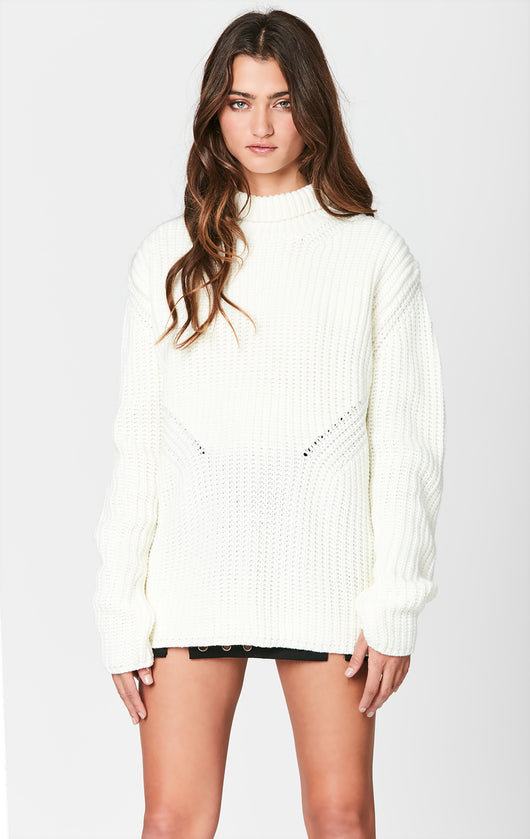 OVERSIZED CABLE STITCH TURTLENECK SWEATER