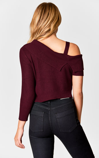 ASYMMETRICAL OFF THE SHOULDER SWEATER