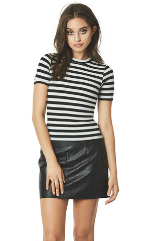 STRIPED SHORT SLEEVE RIBBED TEE