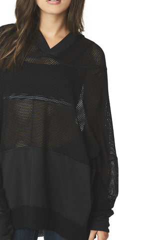 HOODED NETTING CONTRAST LONG SLEEVE TEE