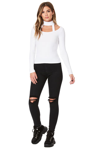 CUT OUT TURTLENECK LONG SLEEVE TEE