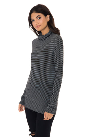 PINSTRIPE TURTLENECK LONG SLEEVE TEE