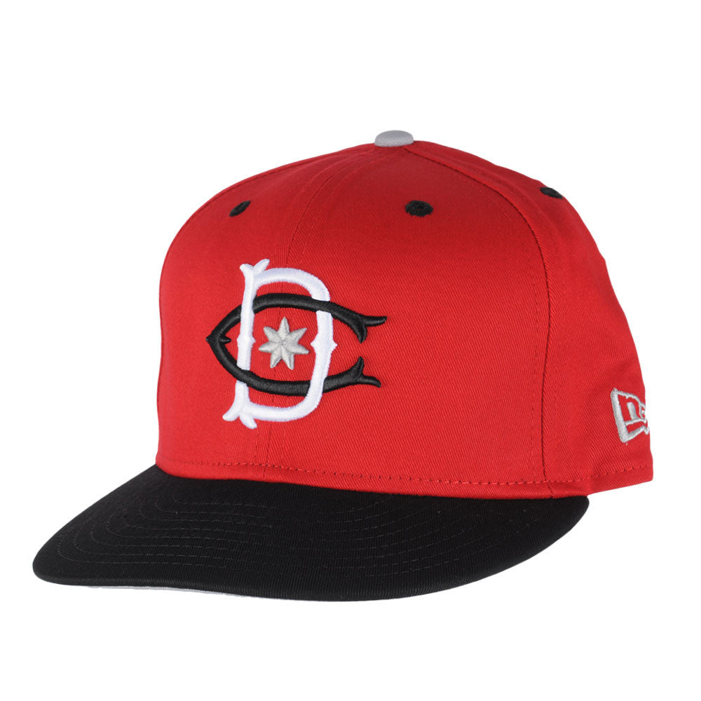 DC Throwback 2 Snapback Men's Hat - Red