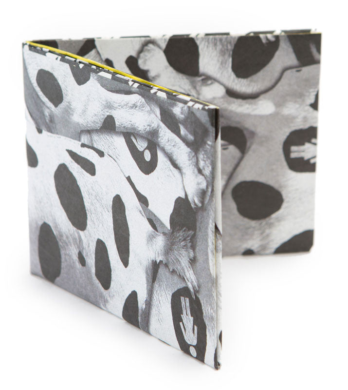 Girl Tyvek Men's Wallet - White/Black
