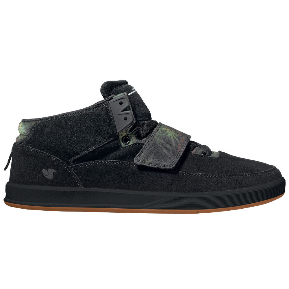 DVS Torey 3 Skateboard Shoes - Black Suede 005