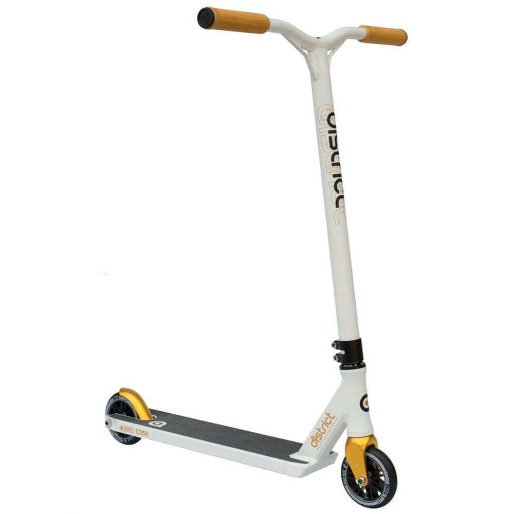 District C050 Scooter - White/Gold