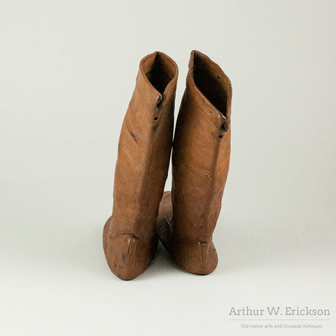 Eastern Canadian Inuit Child's Alder Dyed Kamiks