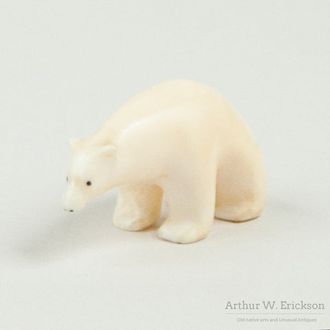 Small Eskimo Polar Bear Carving