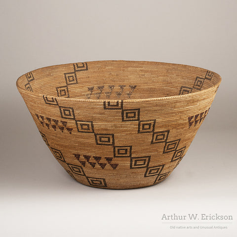 19th C. Large Sierra Miwok Cooking Basket