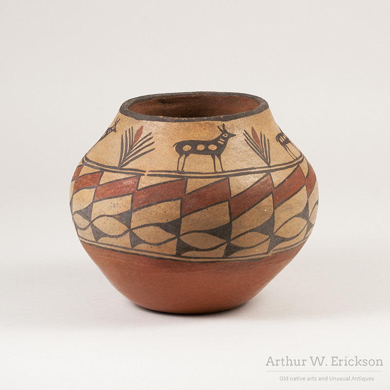 Zia Olla with Antelope and plant Design - Arthur W. Erickson - 1
