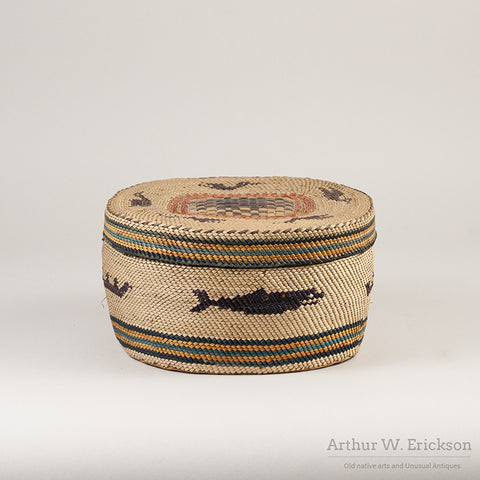 Large Makah Lidded basket with Birds