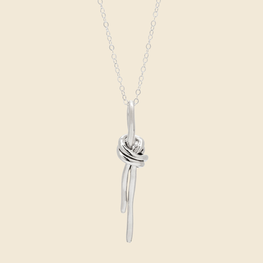 8.6.4 Design Knot Charm Necklace - Sterling Silver