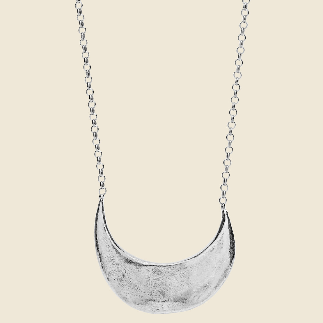Amanda Hunt Muse Crescent Necklace - Silver