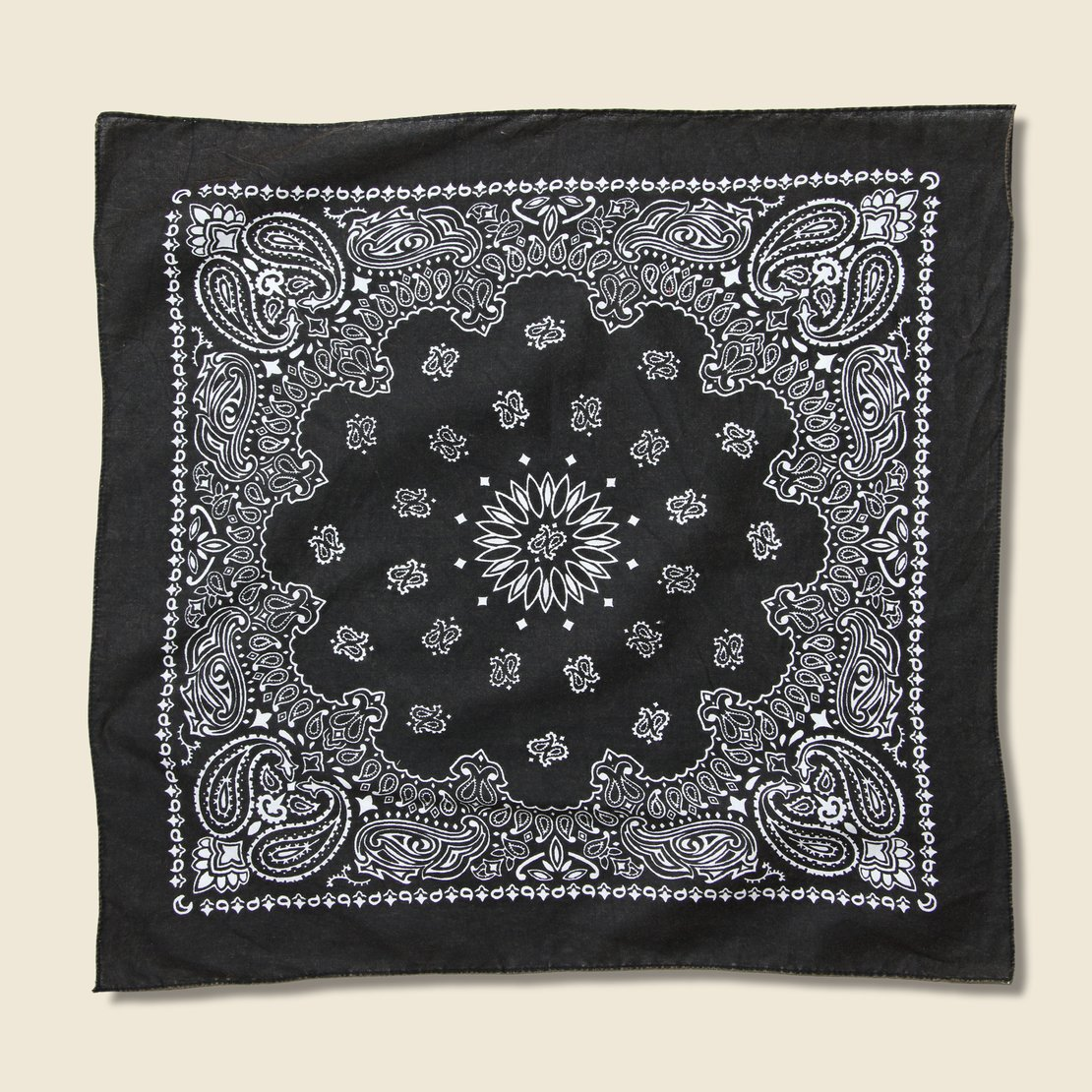 Bandanas Traditional Paisley Bandana - Black
