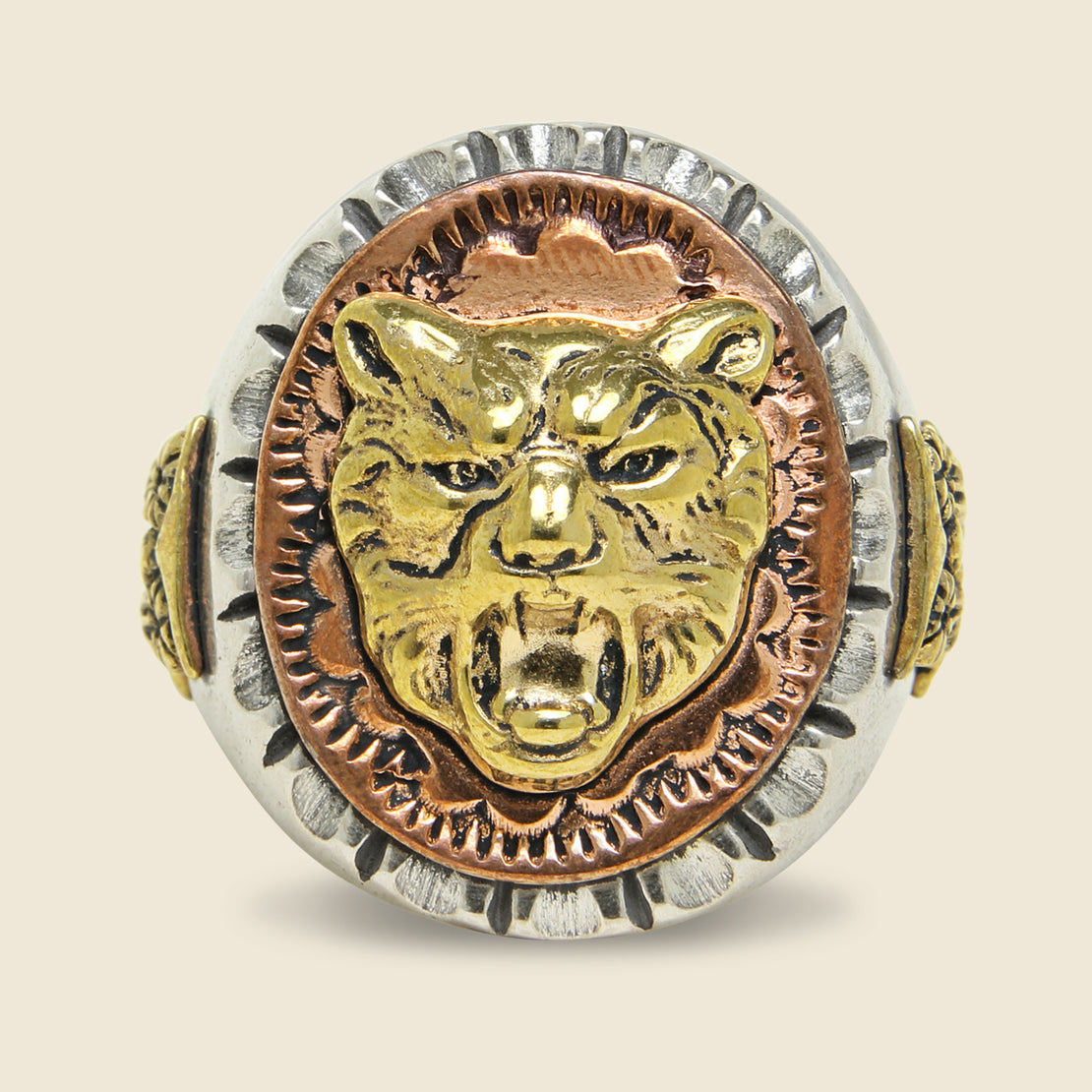 Strength & Wisdom Souvenir Ring - Silver/Brass