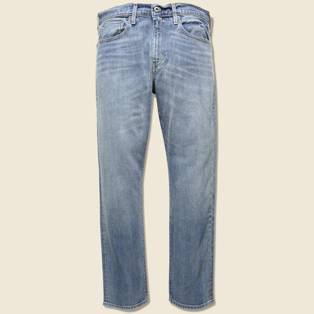 27aa5f75120 502 Tapered Jean - Murphy. Levis Made   Crafted