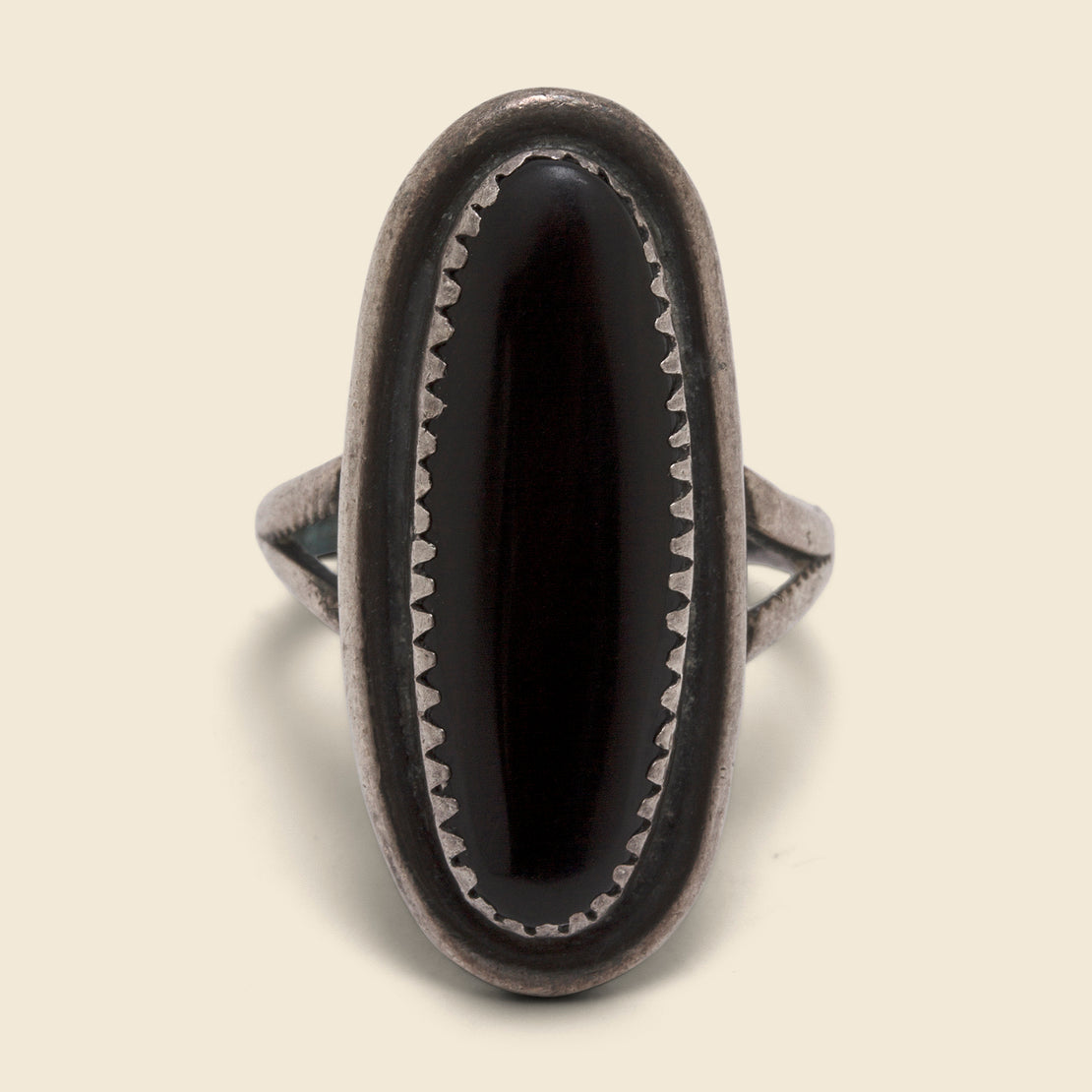 Oval Onyx Ring - Silver