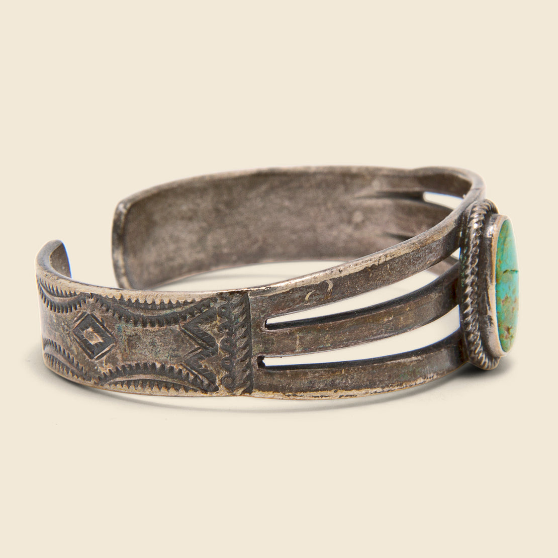 Single Stone Turquoise Cuff - Silver