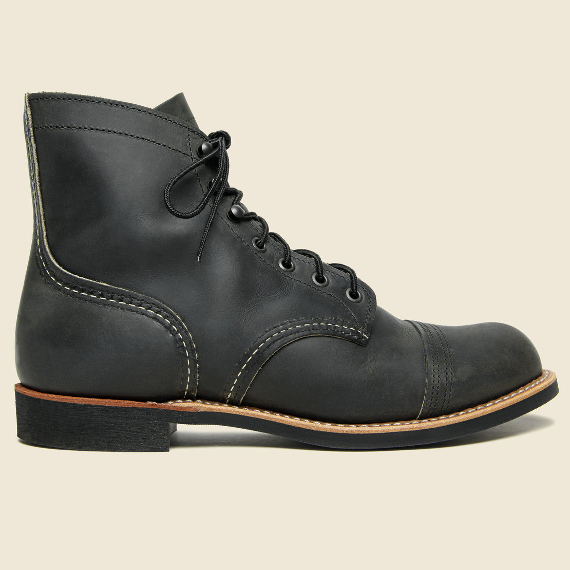 Red Wing Iron Ranger No. 8086 - Charcoal Rough & Tough - Mini-Lug Sole