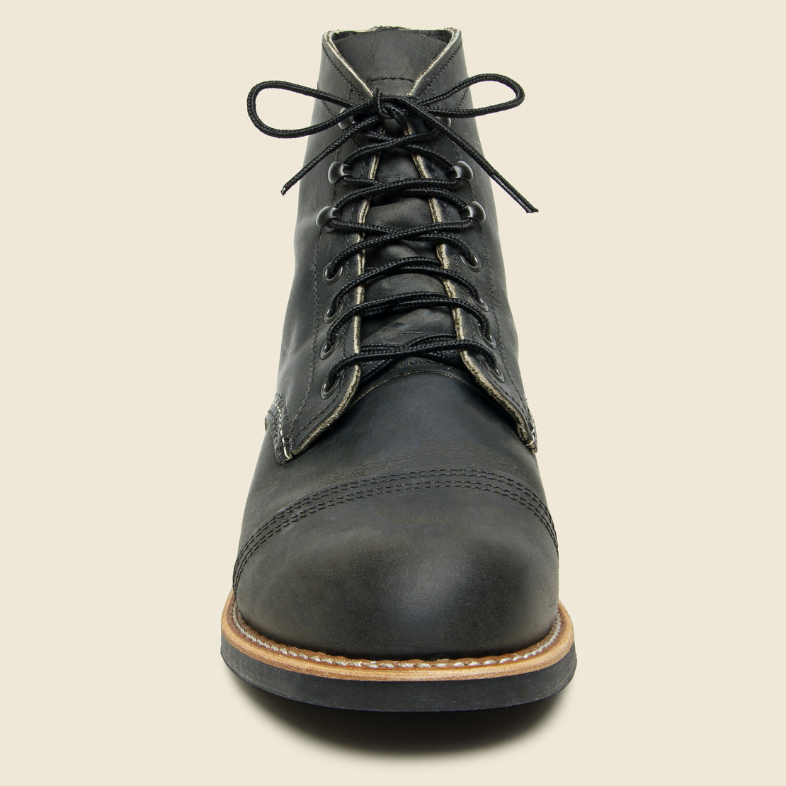Iron Ranger No. 8086 - Charcoal Rough & Tough - Mini-Lug Sole