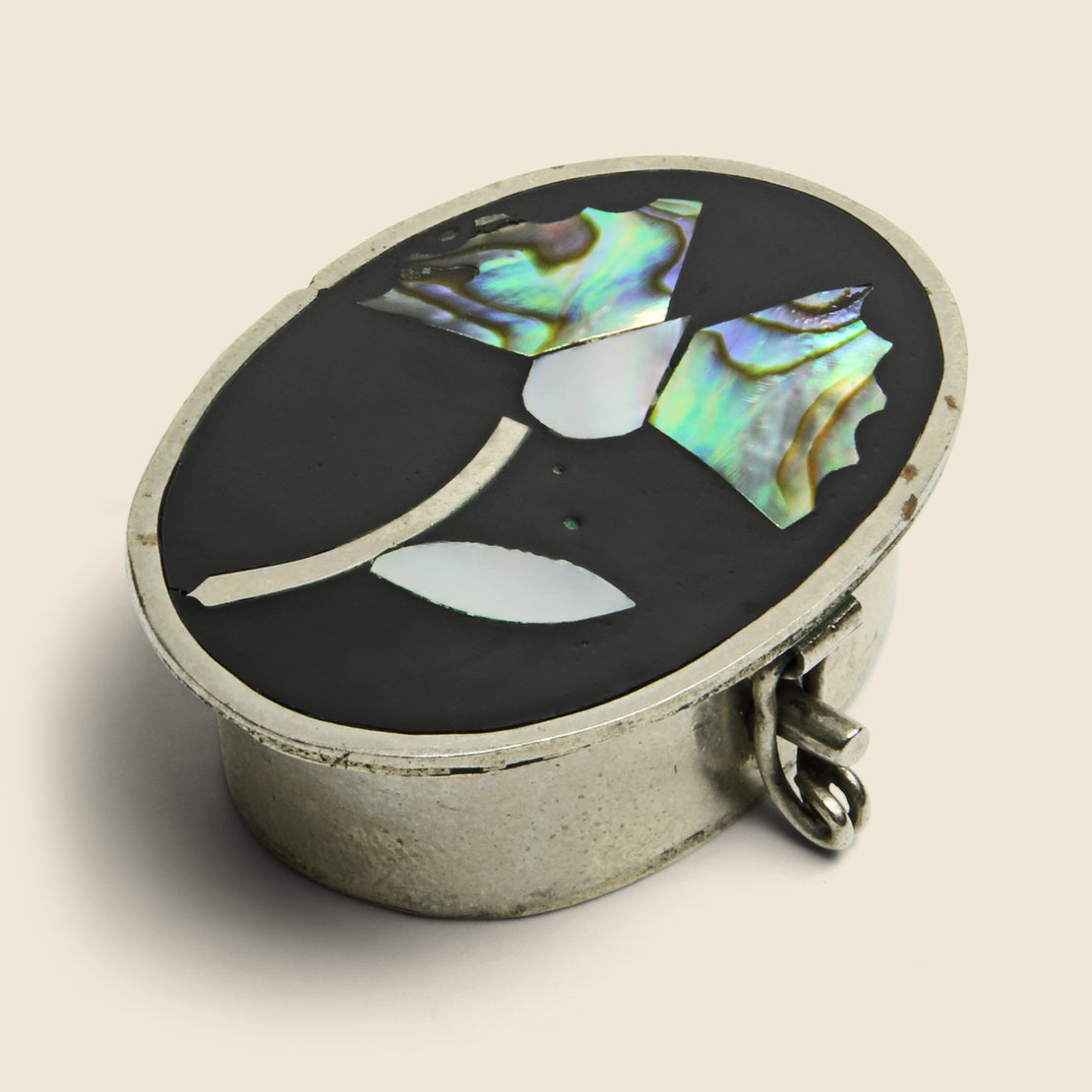 Flower Inlay Pill Box - Silver/Onyx/Pearl