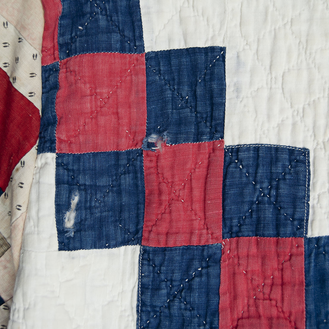 Scofield Log Cabin Sleeves Quilt Kimono - Red/White/Blue