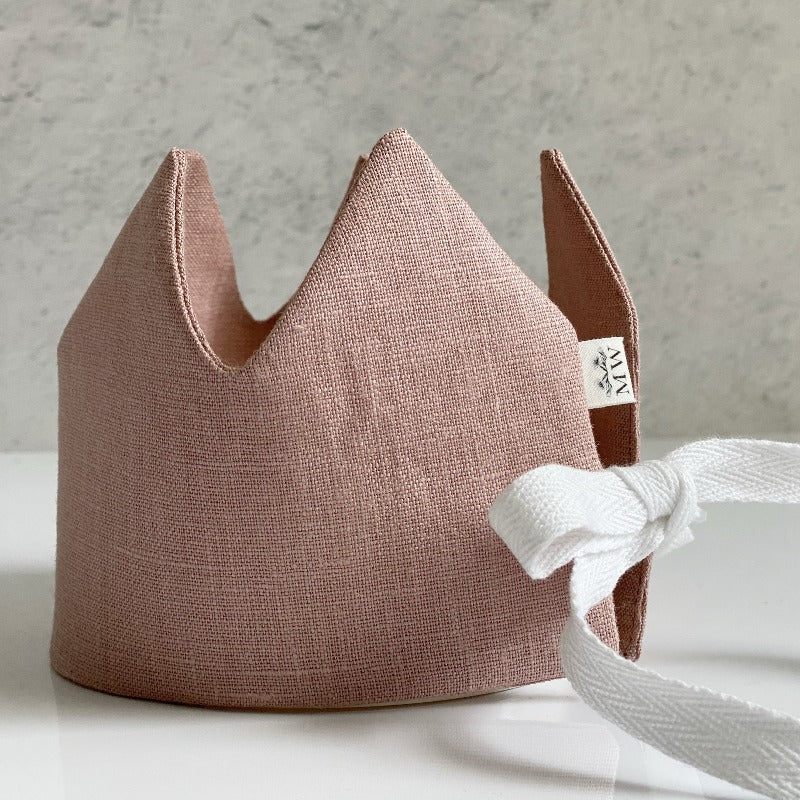 Linen Play Crown