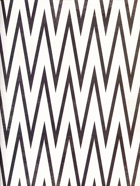 Sharp Chevron Printed Photo Backdrop / 2642