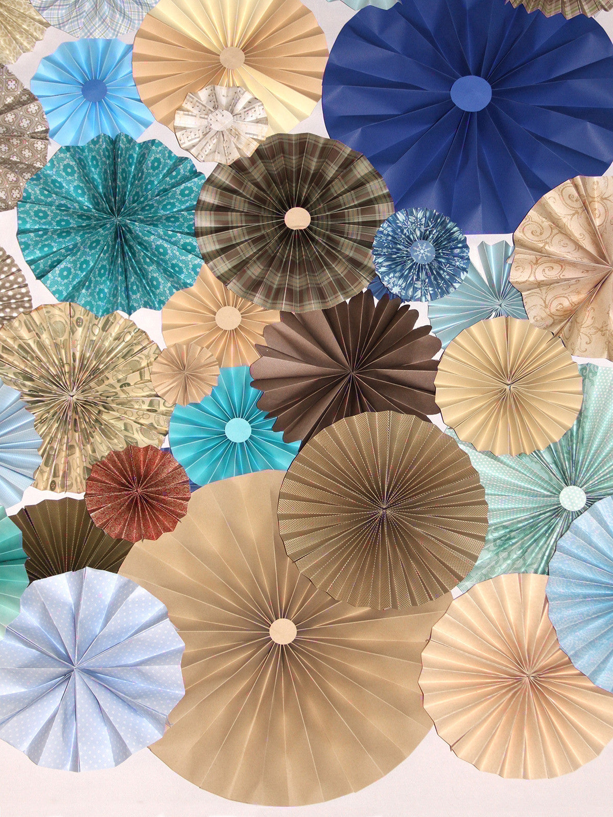 Earth and Sky Blue Pinwheels Backdrop Printed Photography Backdrop / 9653 - DropPlace