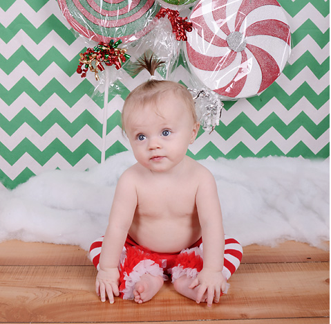 Printed Green Chevron Backdrop - 9147