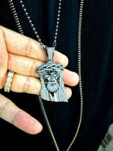 WHITE DIAMONDS ON BLACK GOLD JESUS