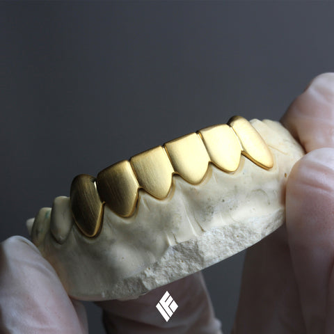Matte Finished Bottom 8 Gold Grillz