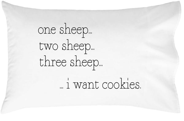 Counting Sheep Standard Pillowcase (20 x 30)