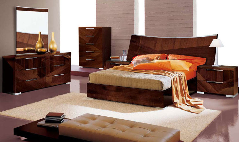 Cindy Bedroom Set by Esf