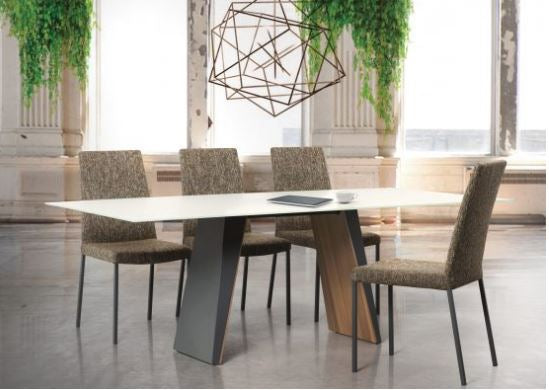Timeless Table by Trica