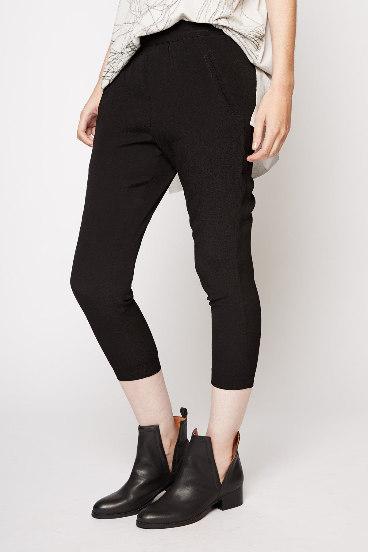 Willow & Clay Black Harem Pants