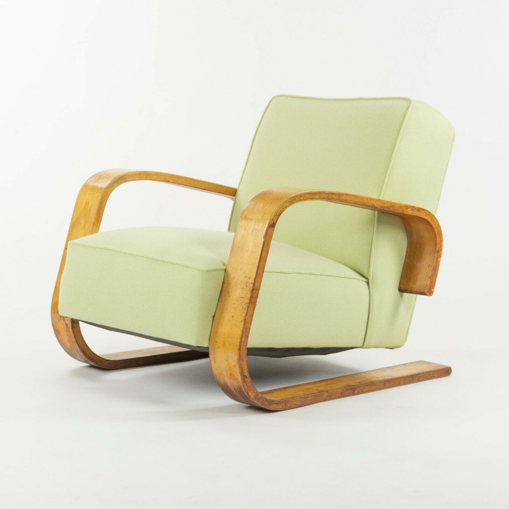 1940s Alvar Aalto 37 400 Tank Cantilever Birch Lounge Chair by Artek in Finland