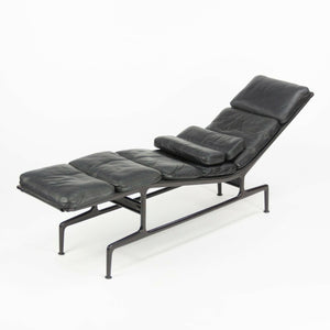 1980s Eames Herman Miller Billy Wilder Black and Eggplant Chaise Lounge Chair