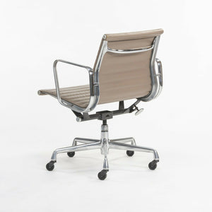 Greige Leather Herman Miller Eames Aluminum Group Management Desk Chair 24 Available