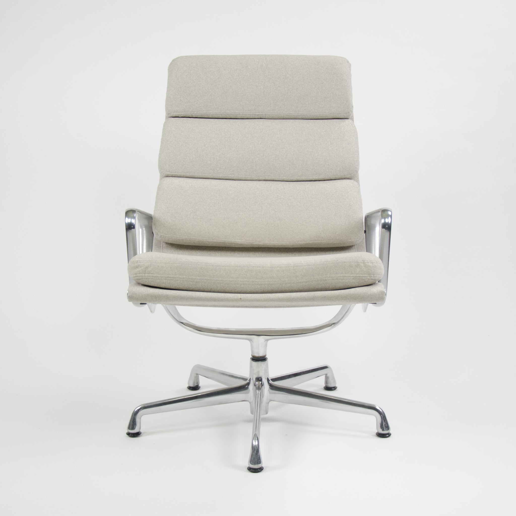 Sold Aluminum Eames Herman Miller Lounge Group Chairs Pad Soft q4A5RL3j