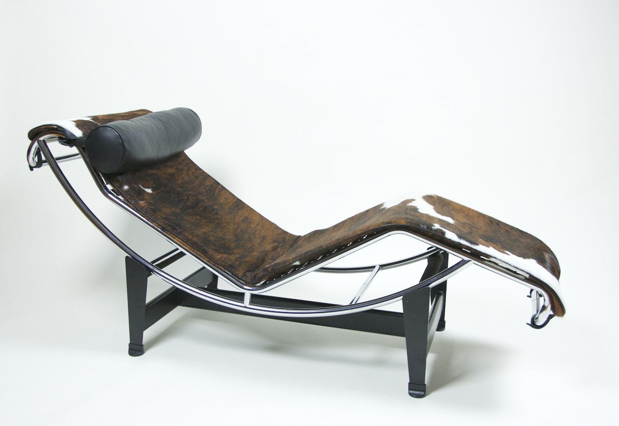 SOLD Cassina Le Corbusier LC4 Cowhide Lounge