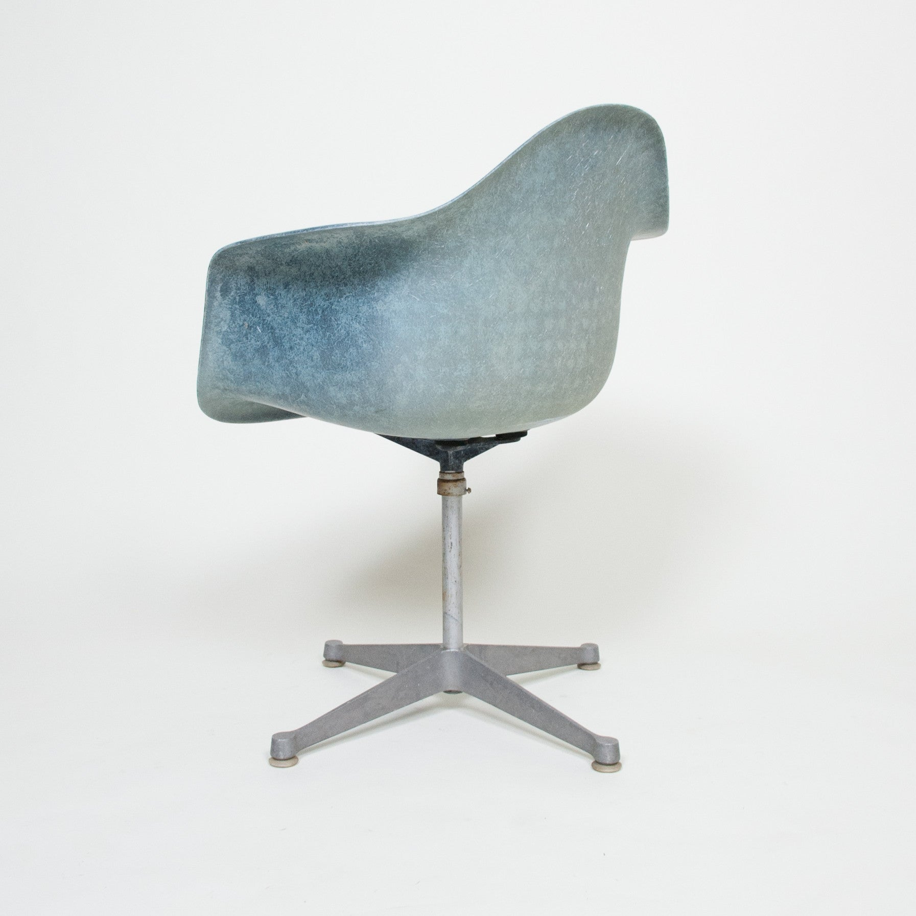 SOLD Rare Vintage Herman Miller Eames Navy Blue Fiberglass Armshell Chairs 5 Available