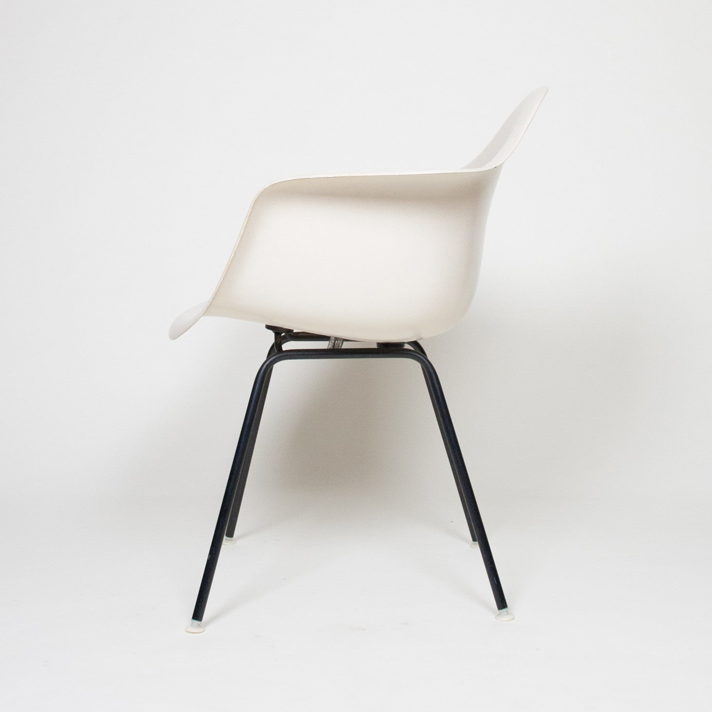 SOLD Eames Herman Miller Ivory Fiberglass Shell Chair Arm Shell Mint Condition