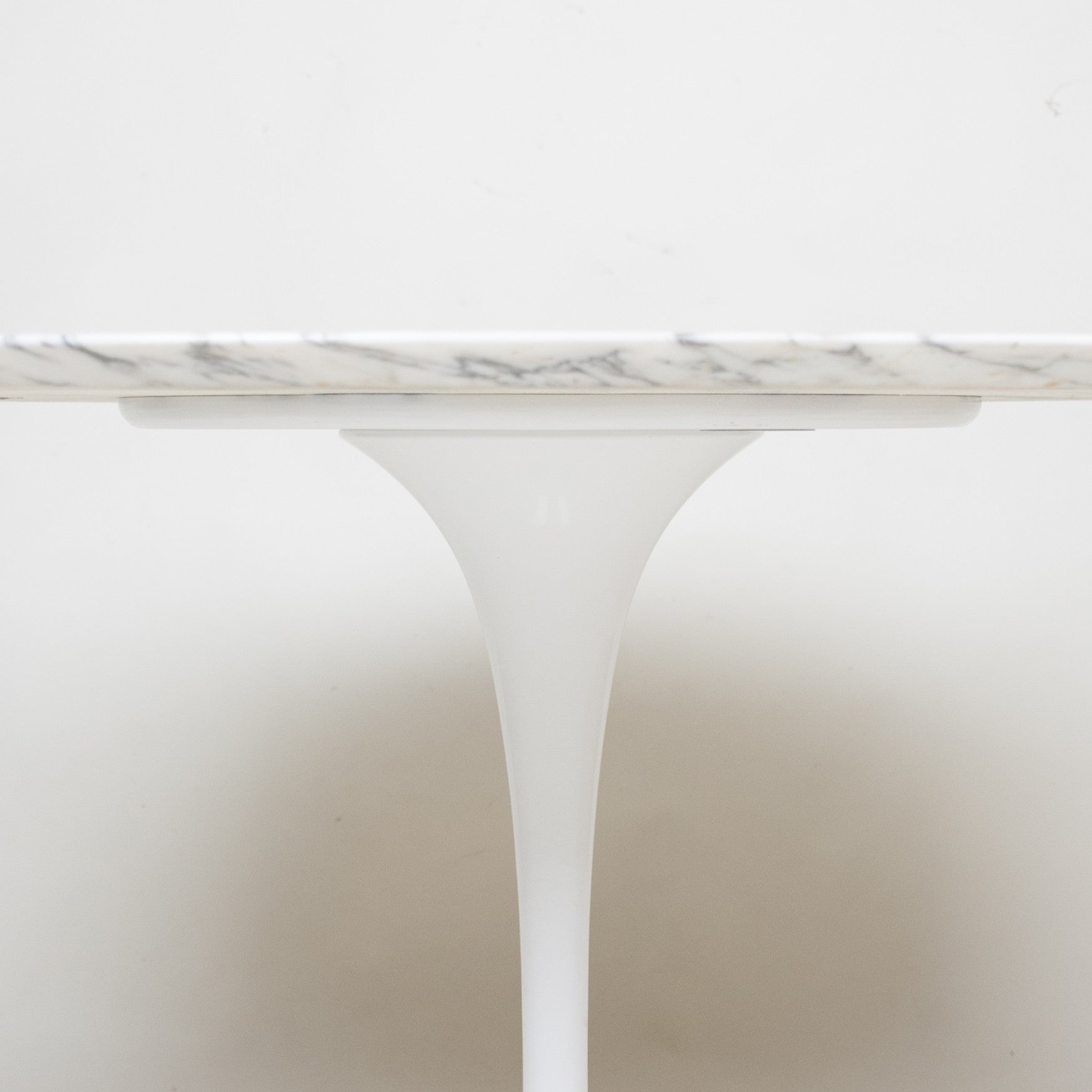 SOLD Eero Saarinen For Knoll 42 Inch Tulip Conference / Dining Table Marble Mint!