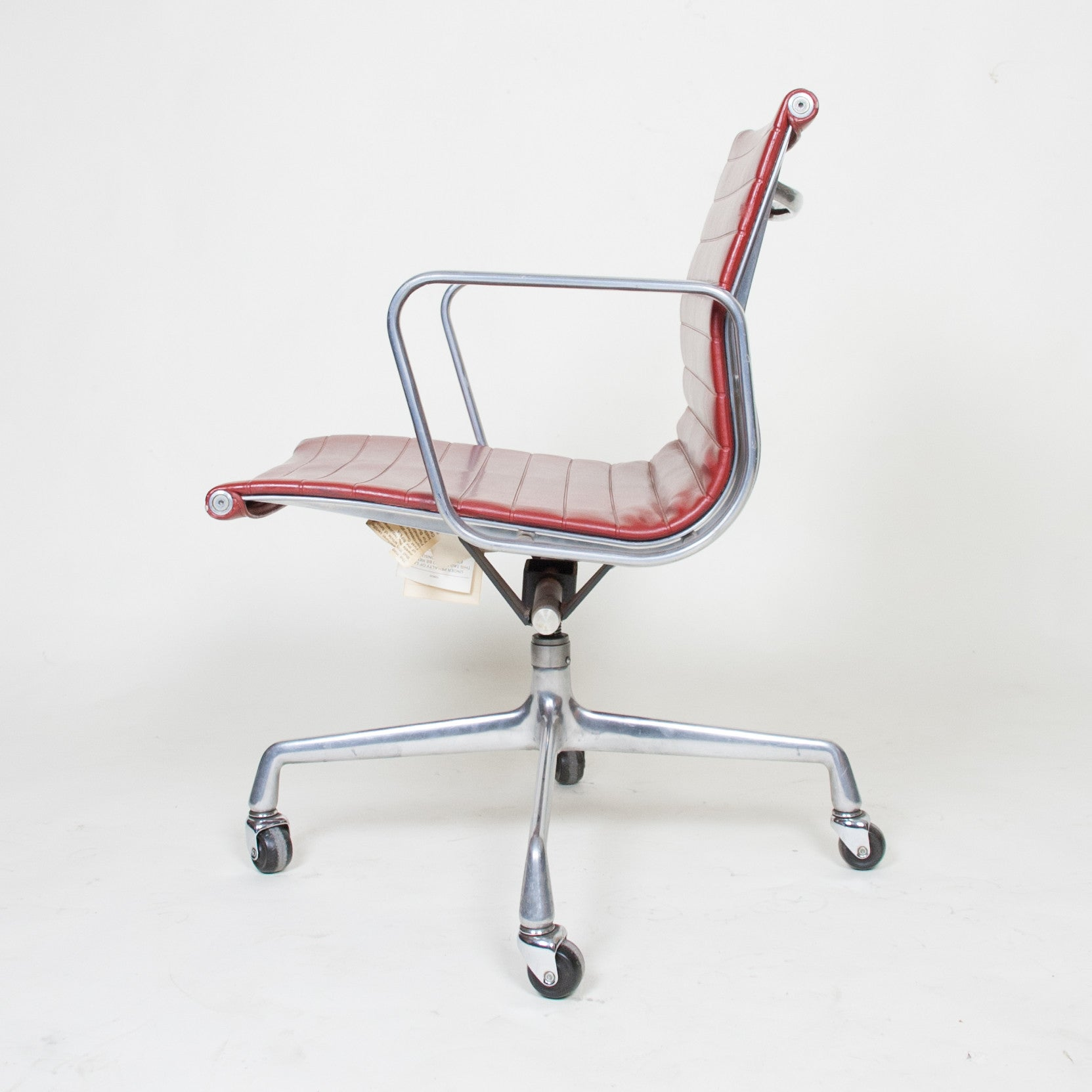 SOLD Herman Miller Eames Red Low Back Executive Aluminum Group Desk Chair