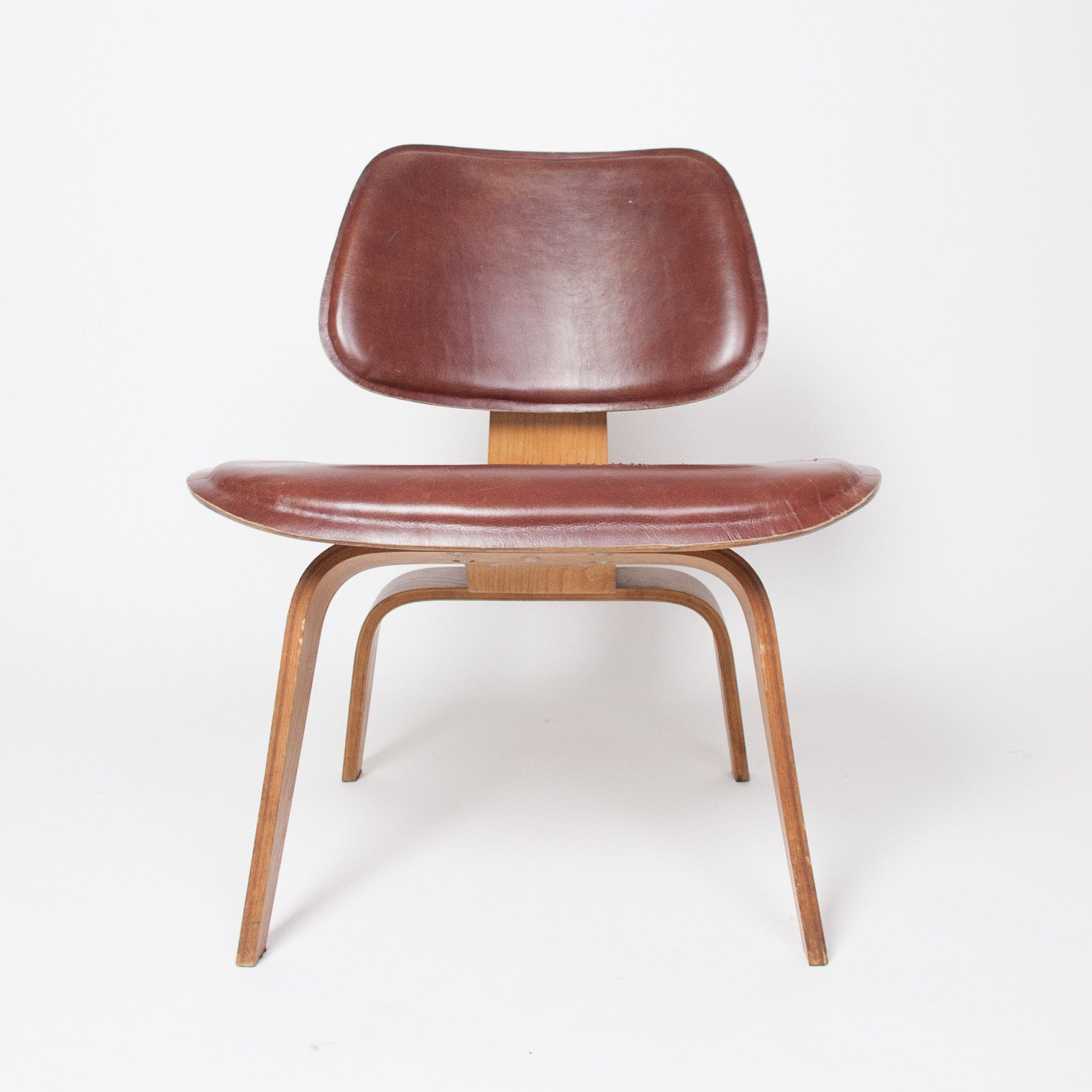 eames chair leather. SOLD Eames Evans Herman Miller 1947 LCW Plywood Lounge Chair Leather! 5-2- Leather E
