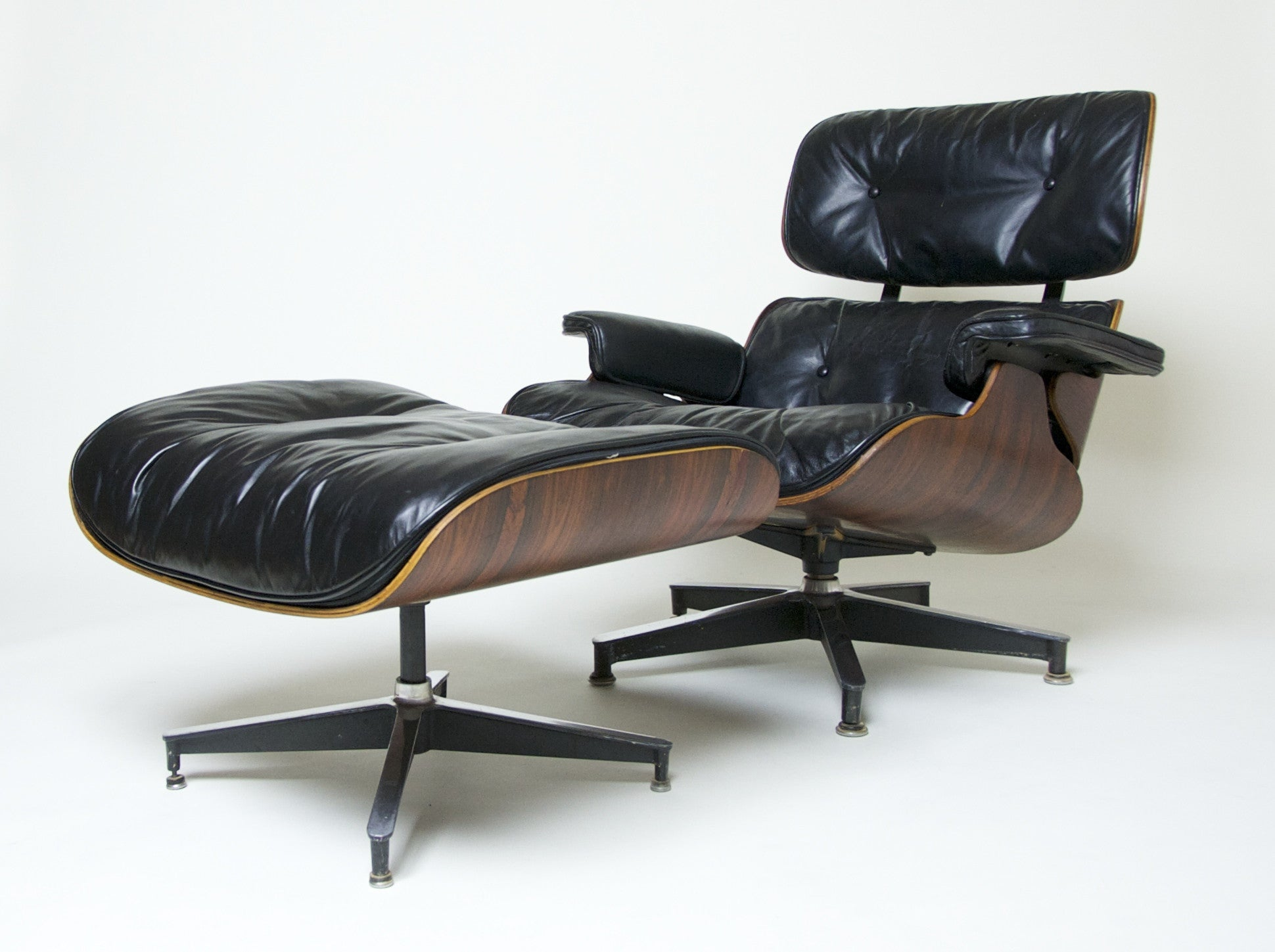 SOLD Early Herman Miller Eames Lounge Chair & Ottoman Rosewood 670 671