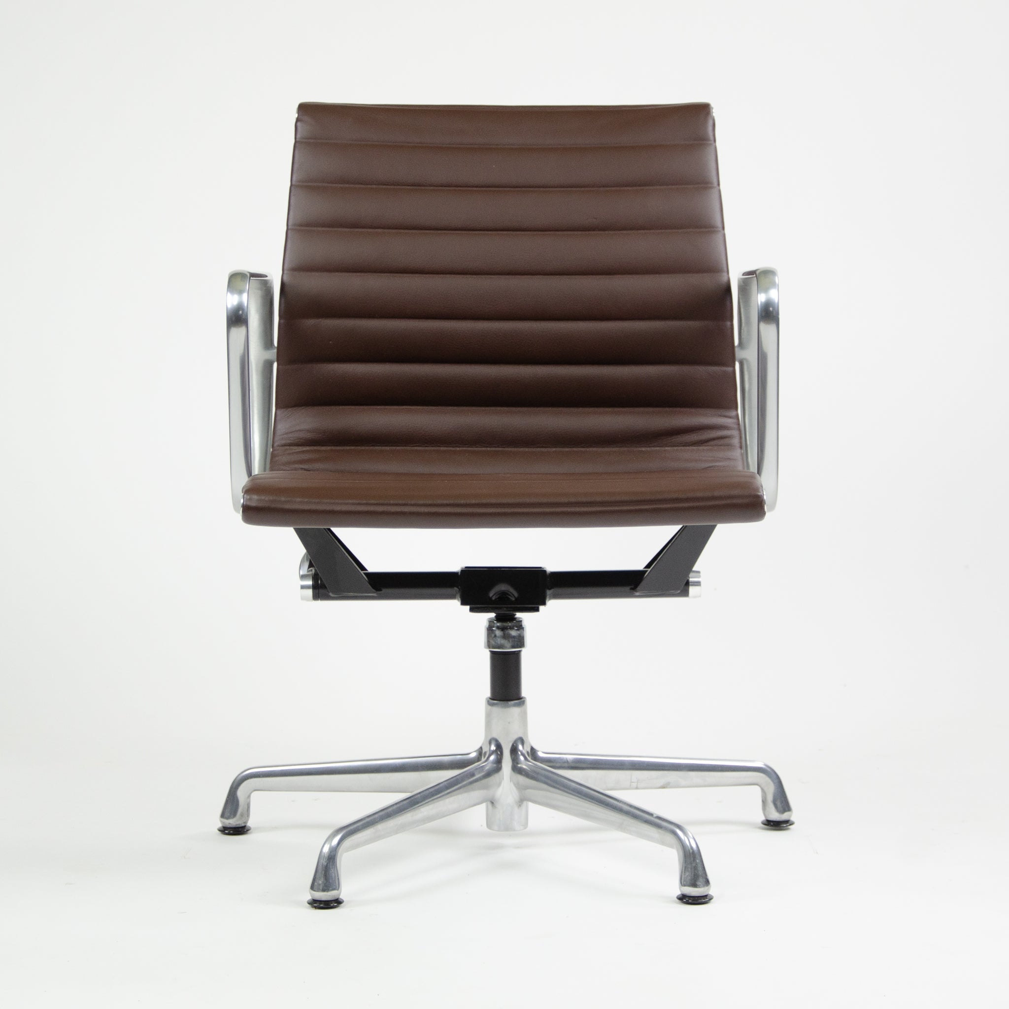 Herman Miller Eames Aluminum Group Executive Chair Brown Leather 2015